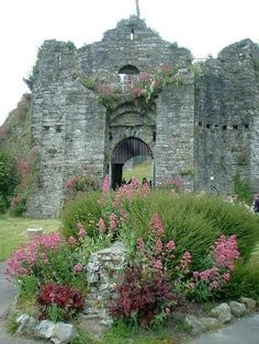 Oystermouth Castle, Mumbles, Swansea, Wales