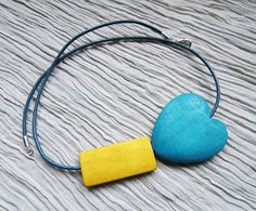 Hey, I found this really awesome Etsy listing at https://www.etsy.com/listing/181582670/fresh-teal-summer-geometric-necklace
