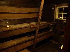 Kuvahaun tulos haulle vanhan pihasaunan remontti Finnish Sauna, Bunk Beds, Finland, Cottage, Furniture, Home Decor, Decoration Home, Loft Beds, Room Decor