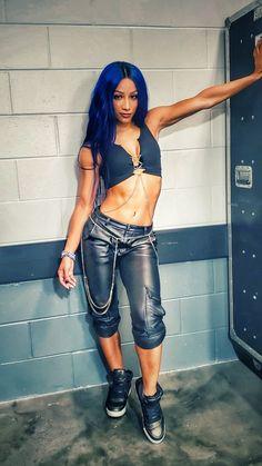 Bayley Instagram, Sasha Banks Instagram, Wwe Sasha Banks, Cody Banks, Wrestling Superstars, Wrestling Divas, Body Fitness, Wwe Girls, Wwe Ladies
