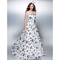 We need to have a Halloween/Dia de los Muertos formal so I can have an excuse to wear this.