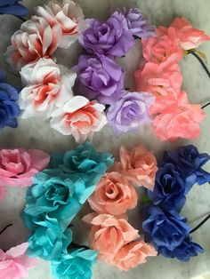 divinas vinchas con flores x 30 unidades Mineral Stone, Herbalife, Diy Clothes, Headbands, Halloween, Rose, Spring, Party, Flowers