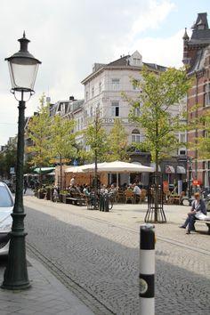 A flower shop (Bloemen & Planten) sits on this corner across is the Beaumont Hotel