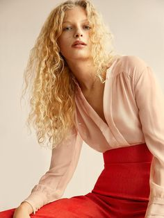 new model (Costume Magazine)