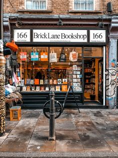 Here are 13 of the most unmissable things to do in Brick Lane. One of London's most creative areas to visit, so I've listed some of the must-see places and things to do. Including vintage shops, street art, and markets galore. Living In London, Liverpool Street, London Today, Book Cafe, Brick Lane, Things To Do In London, World Of Books, Book Aesthetic, London Travel