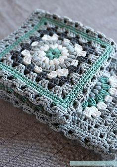 Crochet meets Patchwork Afghan | finished green squares                                                                                                                                                                                 More