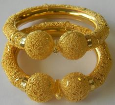 Beautiful Gold Jewellery Design Collection 2015 For Girl Gold Jewelry Simple, Golden Jewelry, Rose Gold Jewelry, Gold Bangles Design, Gold Jewellery Design, Gold Kangan, Schmuck Design, Gold Fashion, Silver Ring