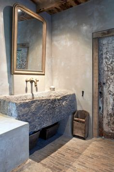 Home Remodel Videos Stone Sink, Bathroom Inspiration, Stone Basin, Bathroom Decor, Stone Bathroom, Rustic Bathrooms, House Interior, Stone Interior, Bathroom Design