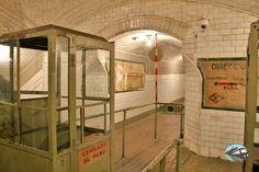 Madrid, Metro Subway, Architecture, Home Decor, Devil, Entryway, Arquitetura, Decoration Home, Room Decor