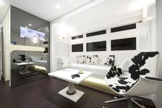Mooooooove over for this Luxury RV Mobile Home Design