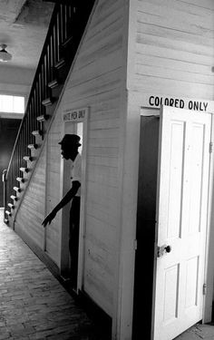 "A Black American man emerges from using the ""White Men Only"" bathroom at courthouse in Clinton, Louisiana, Photo credit: Bob Adelman/Corbis Black Art, Fotografia Social, Black History Facts, African American History, American Women, Native American, Before Us, White Man, Black People"