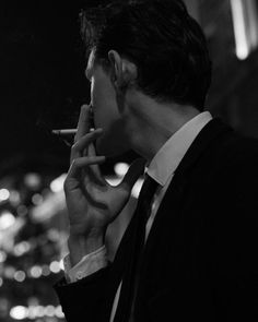 Le-Immorte(l) Bad Boy Aesthetic, Character Aesthetic, Men With Street Style, The Secret History, Poses For Men, Daddy Issues, The Villain, Mafia, Aesthetic Pictures
