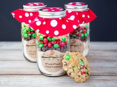 Cookie Mix in a Jar #christmas #gift #homemade #wholewheat #howto #diy