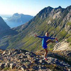 #kanangrepåatmanikkehartøydpå39år#topptur#tverrfjellet#kvaløya#tromsø#yoga#utno by cecilols