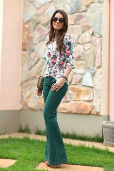 Floral top with real flare jeans
