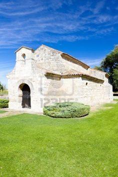 Iglesia de San Juan Bautista, baños de Cerrato, Castilla y León, España