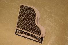 Piano/Freebie for the piano her http://pecreativ-werkstatt.blogspot.de/