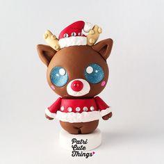 El renito Rudolph es el Art Toy exclusivo de Diciembre  Muy navideño y decorado con brillanitos  by patricye