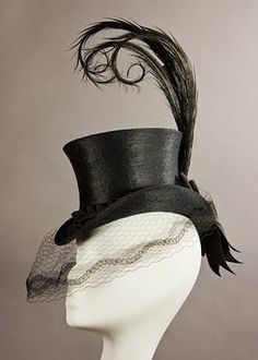 A close match to Lady Mary's riding hat steampunk hat Mode Steampunk, Style Steampunk, Steampunk Hat, Steampunk Fashion, Gothic Fashion, Fashion Fashion, Steampunk Halloween, Cheap Fashion, Fashion Women