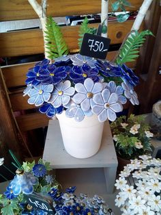 Wrong ornamental plants to do in ceramics;) Wrong ornamental plants to do in ceramics; Earthenware Clay, Ceramic Clay, Porcelain Ceramics, Clay Flowers, Ceramic Flowers, Slab Pottery, Ceramic Pottery, Clay Projects, Clay Crafts