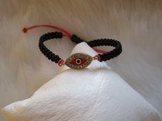 Macrame ,red,oval,evil eye bracelet. from Galladesign's jewelry  garden. by DaWanda.com