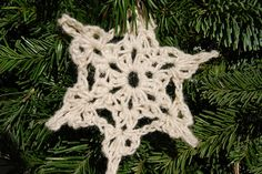 flickr's Christmas Crochet group.  pinned pic - DSC_0068 by Woolanthrope, via Flickr