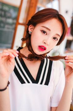 Ulzzang - Fashion - Beauty (°06/06/2014) I do NOT post pics of myself! The models' names are always...