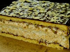 Homemade cakes and dinners: Almond cake Grandfather