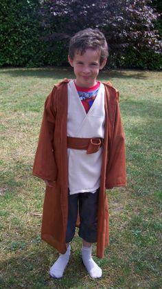 Patron pour cape et tunique taille 8 ans