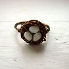 Bird's Nest Ring in Brass with Ivory Pearls by by CircesHouse