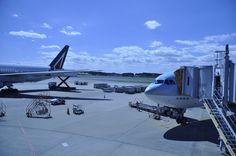 나리타공항의 버진 아일랜드 항공기..20130929