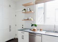 11 types of white kitchen splashback tiles: Add interest with shape over colour