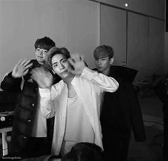 i love how kibum is just standing there in the back like the heck guys smh you gotta be more emo