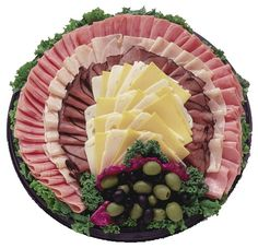 walmart food trays for parties Meat Cheese Platters, Meat Trays, Party Food Platters, Meat Platter, Food Trays, Deli Tray, Crudite, Quick Appetizers, Food Garnishes