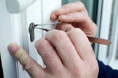 Emergency Locksmith Manchester - Call 0161 696 2329 24 Hours | Faster Locksmiths Manchester.