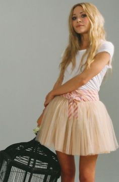 Tulle skirt with a plain white t-shirt.