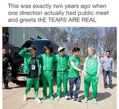 AND NIALL GOT THEM A TO WEAR GREEN