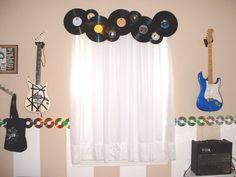 music decor Posted below are 39 great music themed decorating ideas from all around the web. Check out these links: DIY CD Wall Art DIY CD Curtain DIY How to Cut CDs Source Source Bedroom Themes, Bedroom Decor, Bedroom Ideas, Nursery Ideas, Music Themed Rooms, Music Rooms, Music Theme Bedrooms, Music Themed Nursery, Cd Wall Art
