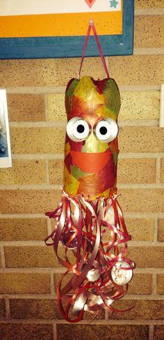 - Octopus lampion gemaakt van een plastic limonadefles