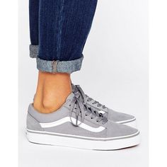Vans Klassische Old Skool-Sneaker in Grau ($84) ❤ liked on Polyvore featuring shoes, sneakers, vans trainers, vans footwear, vans shoes and vans sneakers