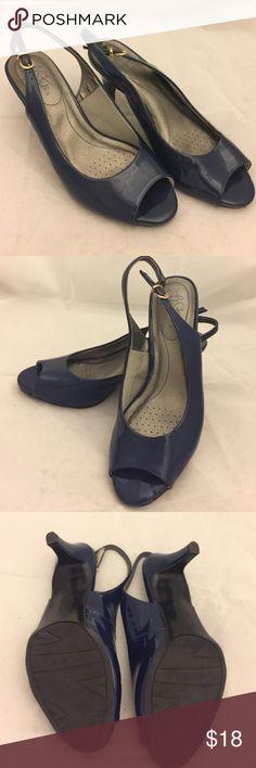 Used Life Stride open toe heels Lightly worn Life Stride open toe heels. Life Stride Shoes Heels