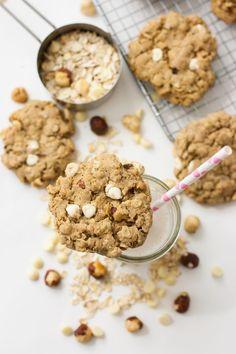 White Chocolate & Hazelnut Oatmeal Cookies (v)