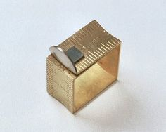 TheCarrotbox.com modern jewellery blog : obsessed with rings // feed your fingers!: Louis Mueller / Patricia Madeja