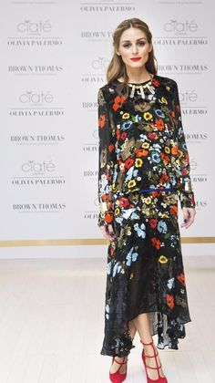 Kylie Jenner and Other Celebs Wearing the Best Spring Dresses: Olivia Palermo Wearing a Bold Floral Dress Estilo Olivia Palermo, Olivia Palermo Lookbook, Olivia Palermo Style, Fashion Mode, Moda Fashion, Beautiful Dresses, Nice Dresses, Floral Dresses, Maxi Dresses