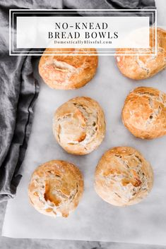 These No-Knead Bread Bowls can be made ahead of time and enjoyed with your favorite soup on a cold winter night! Dutch Oven Bread, Dutch Oven Recipes, Bread Recipes, Knead Bread Recipe, No Knead Bread, Homemade Bread Bowls, Chocolate Bowls, No Rise Bread, Pasta Dinners