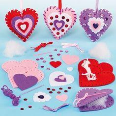 Nähset für Kinder - Herzen aus Filz mit geschnittenen Teilen und Plastiknadel zum Basteln ideal zum Valentinstag und Muttertag(3 Stück)