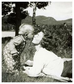 miss those precious kisses when my chidren were babies........