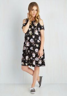 Chics for Itself Dress in Bloom. Youre speechless when it comes to how much you adore this floral shift dress! #multi #modcloth