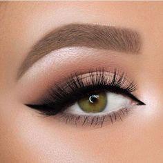 Pretty lashes