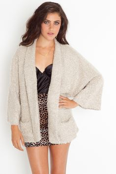 looks comfy    Loopy Knit Coat